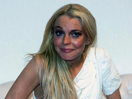 lindsay lohan drugs 2009. Lindsay Lohan Fashion Show