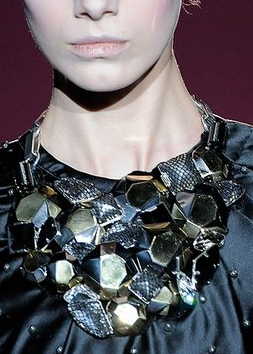 Marc Jacobs Fall/Winter 09/10 Statement Jewelry Bold Black NEcklace Trend