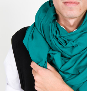 American Apparel Circle Scarf Fall 2009 Winter 2010 Fashion Trends Accessories